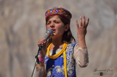 Sidra, Haider Badakhshoni's daughter, a young talented Wakhi singer from Chapursan Valley © Bernard Grua