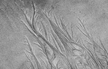 Ephemeral Patterns in Sand
