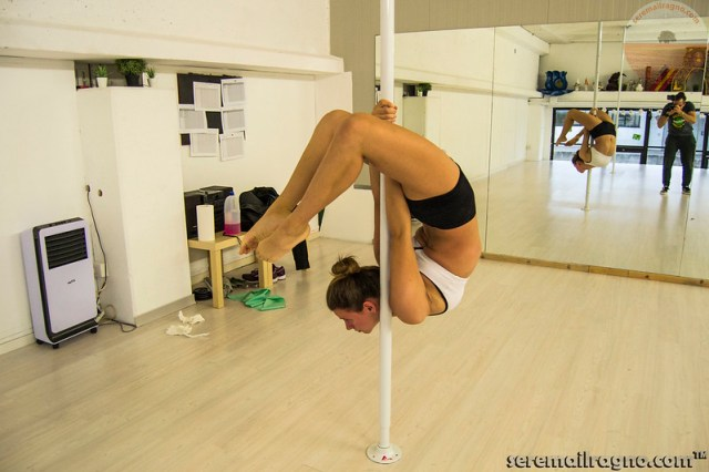 Laura Moretti - Pole Dance