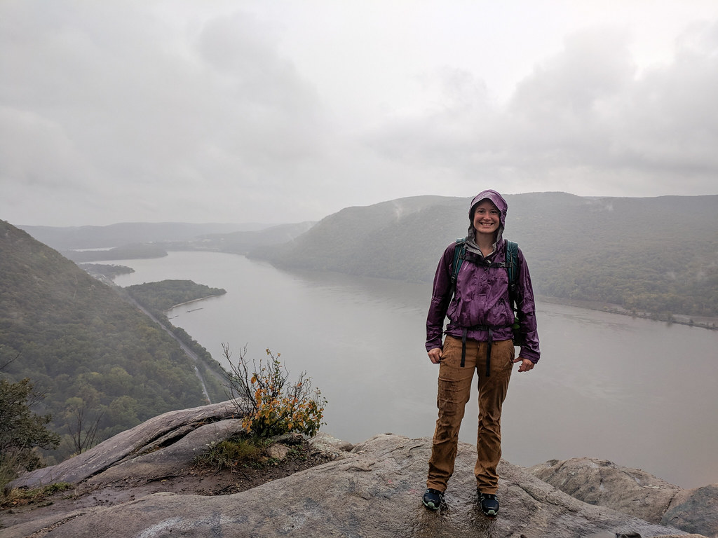 Hiking Breakneck Ridge