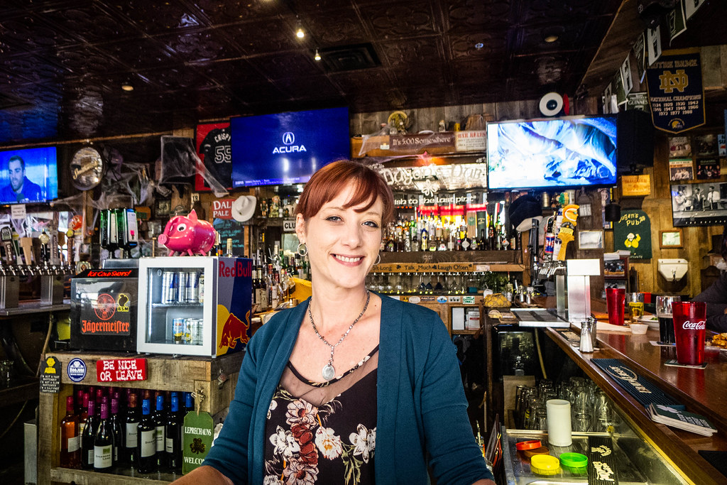 Tiffany the Bartender at Dugan's Pub-001