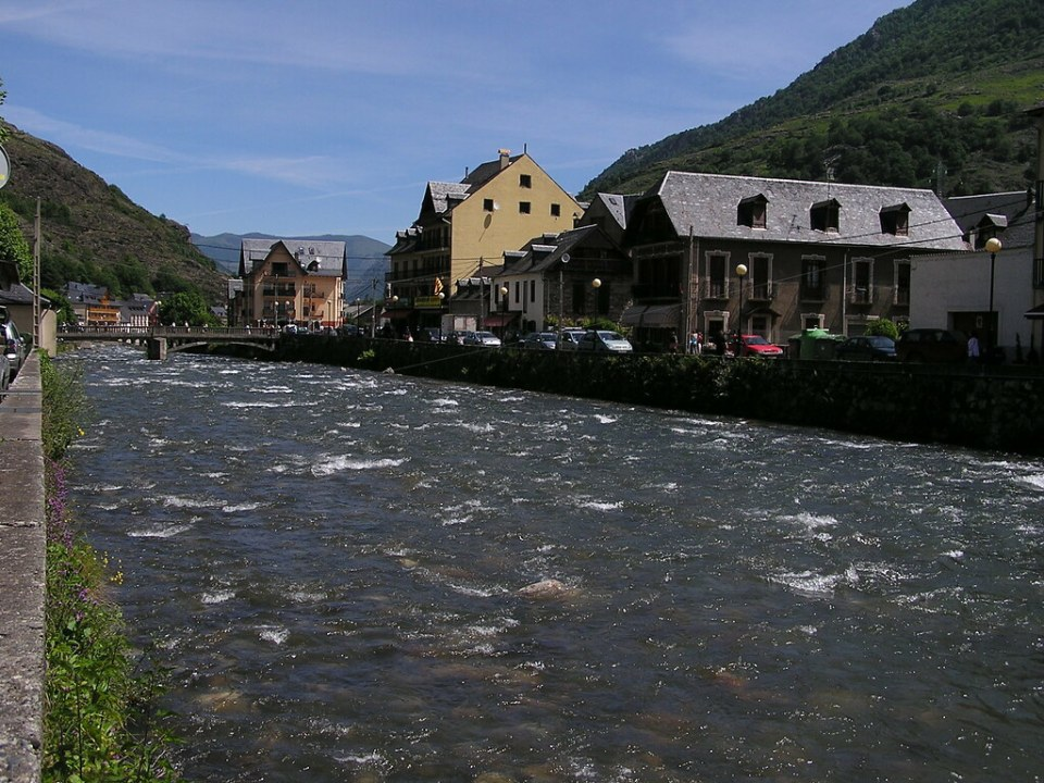 Rio Garona Bosost Lerida Valle de Aran 20