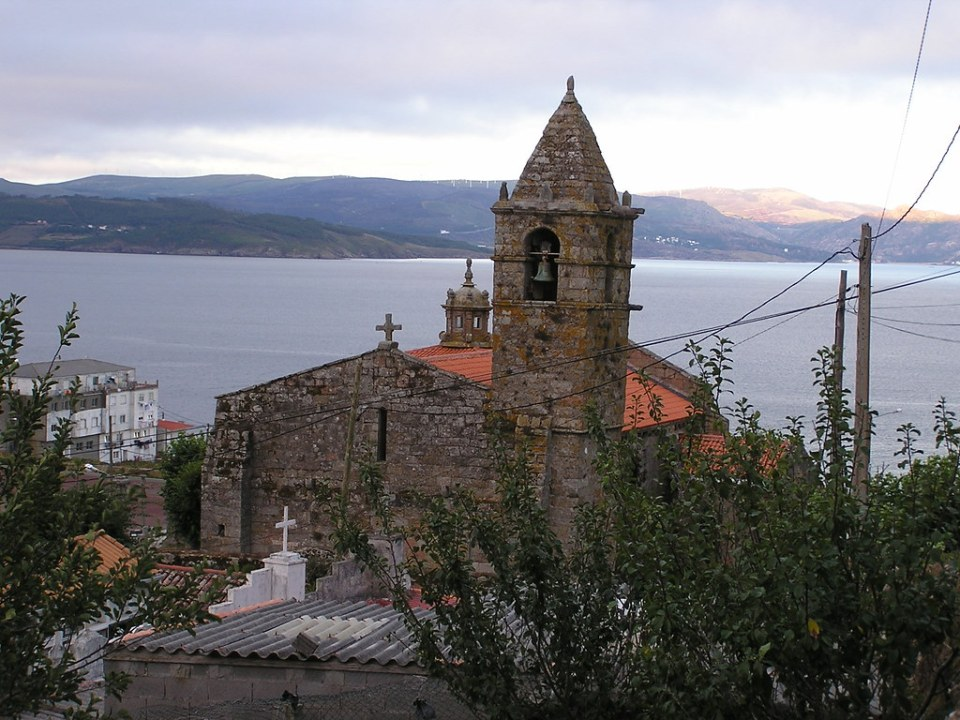 Finisterre Iglesia de Nuestra Señora de las Arenas La Coruña Galicia 16