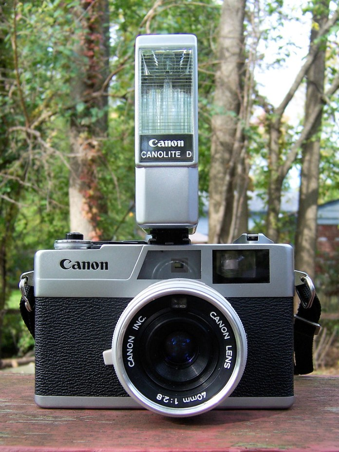 Canonet 28 with Canolite D