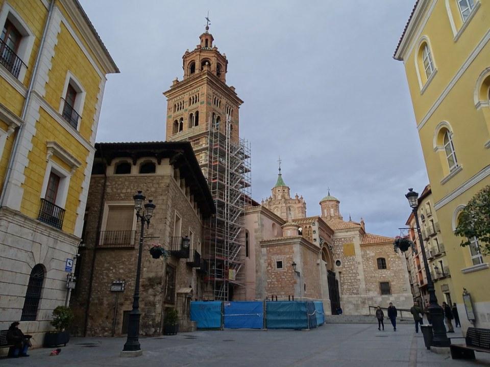 Teruel torre de Catedral Santa Maria de Mediavilla 01