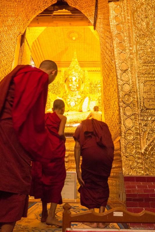 2013-05-14 Mandalay - DSC01952-FullWM