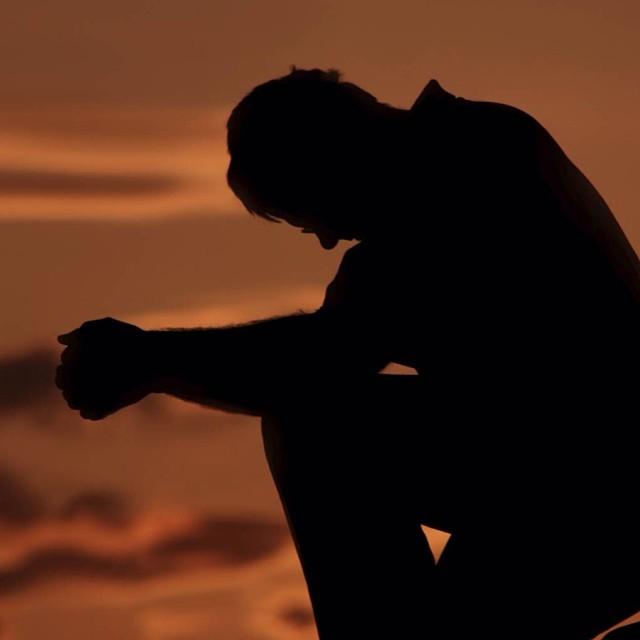 و افوض امري الي الله ان الله بصير بالعباد حسبي الله و نعم