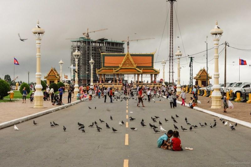 2013-06-14 Phnom Pehn - DSC05640-FullWM