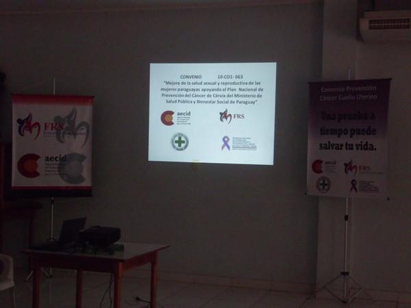 Entrega de equipamiento para las USF. Y capacitación en Paraguay.