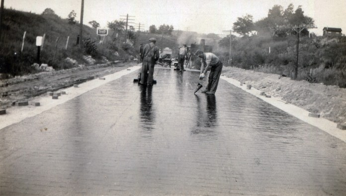 Building the Illinois National Road