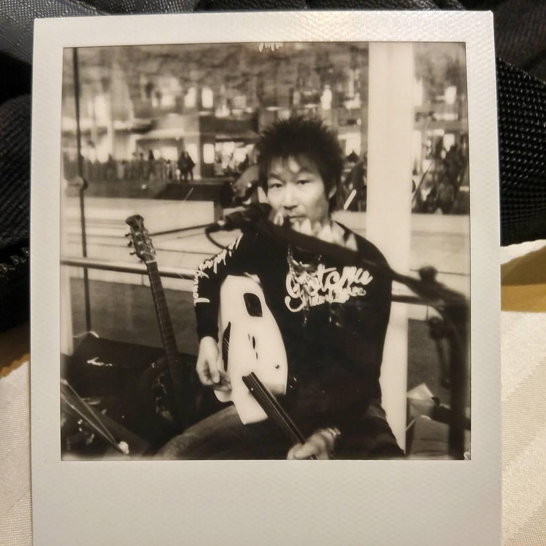 #polaroid #kawasaki #station #streetmusic #artistunknown #impossible