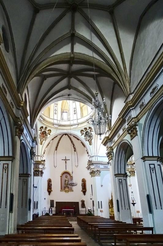 Teruel La Iglesuela del Cid altar mayor y nave central Iglesia de la Purificacion Comarca del Maestrazgo 09