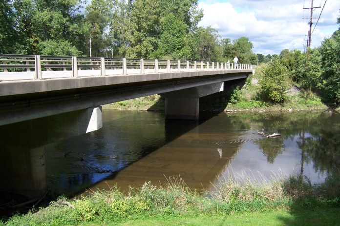 Tippecanoe River bridge