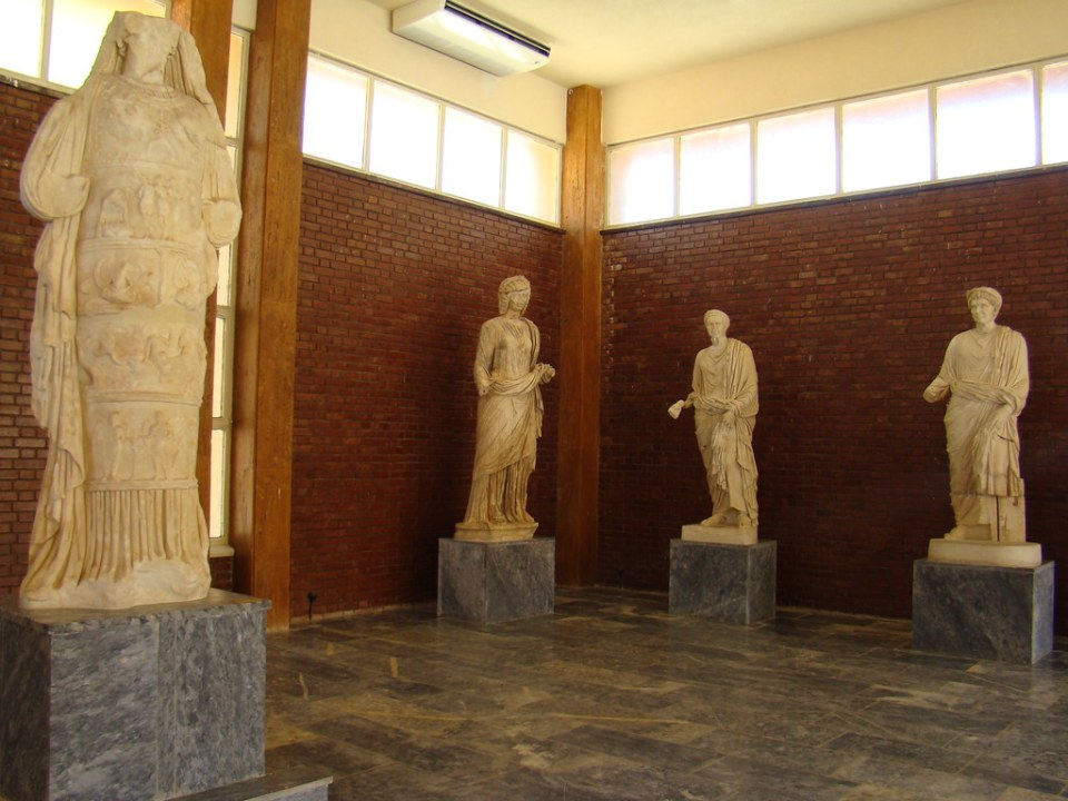 estatua escultura Afrodita Museo de Afrodisias Turquia 56