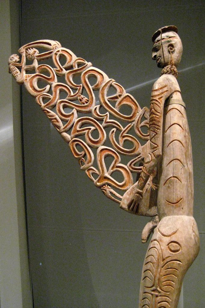 Nyc Metropolitan Museum Of Art Asmat Bis Pole Asmat