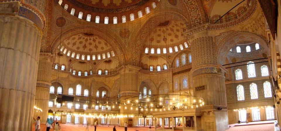 interior Mezquita Azul de Estambul Turquia 28