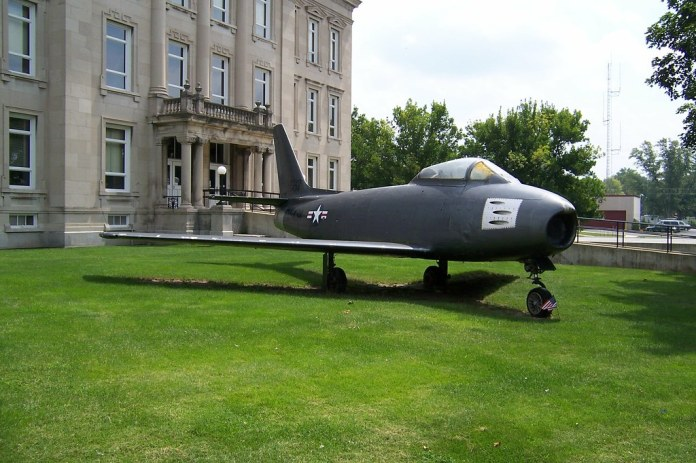 F-86 on grounds of Clay County Courthouse