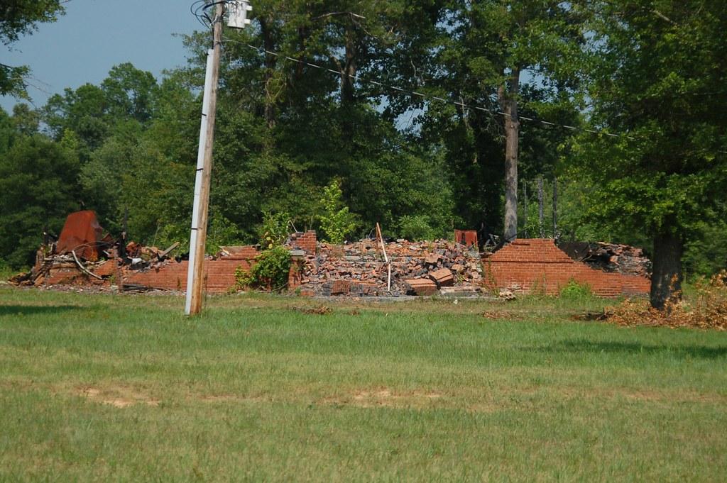 Renno School Ruins