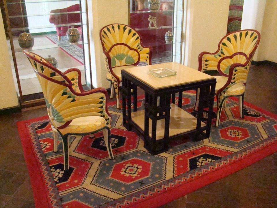 mesa y sillas El Aaiun desierto Sahara 31