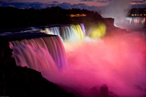 [Explore #241] Niagara Falls Winter Festival of Lights