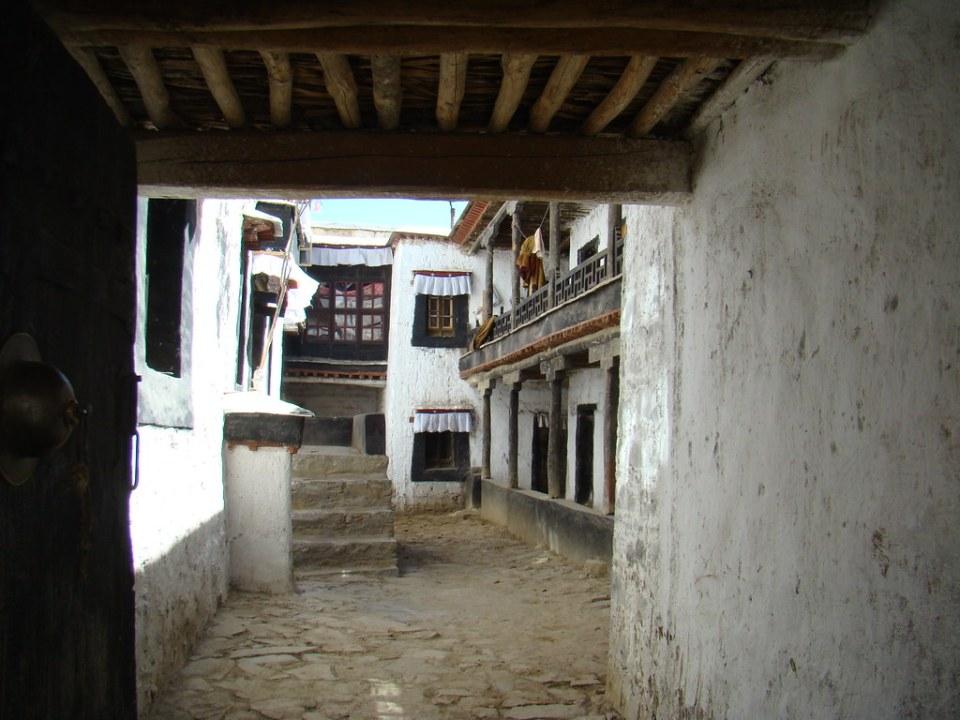 Exterior Monasterio Tashilhumpo en Shigatse Tibet 23