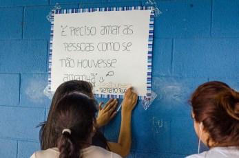 DSC_6775 DSC_6774 EE Praia de Boracéia alunos da CMA distribuem cartazes educativos feitos por eles na escola