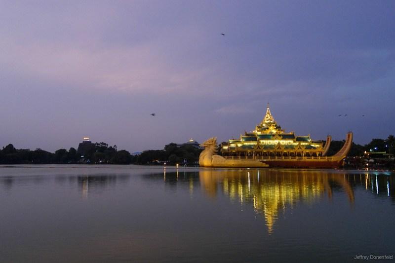 2013-05-05 Yangon - DSC09841-FullWM