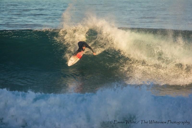 Surfing_CowrieHole_20140525_Newcastle_8205