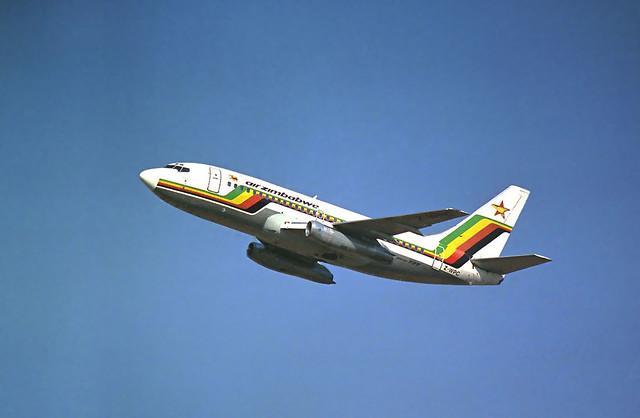 Air Zimbabwe B737-2N0 Z-WPC