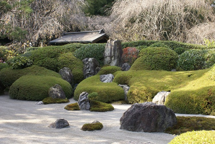 The elements of zen gardens have symbolic meanings