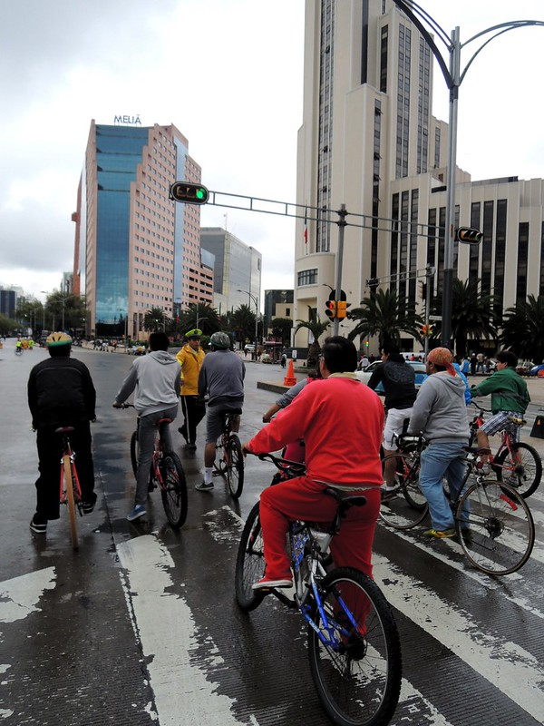 Getting near the start of the ciclovía coming from the north by bryandkeith on flickr