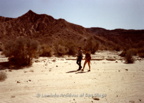 P008.079m.r.t Anza-Borrego Desert 1984: Two women walking in the valley