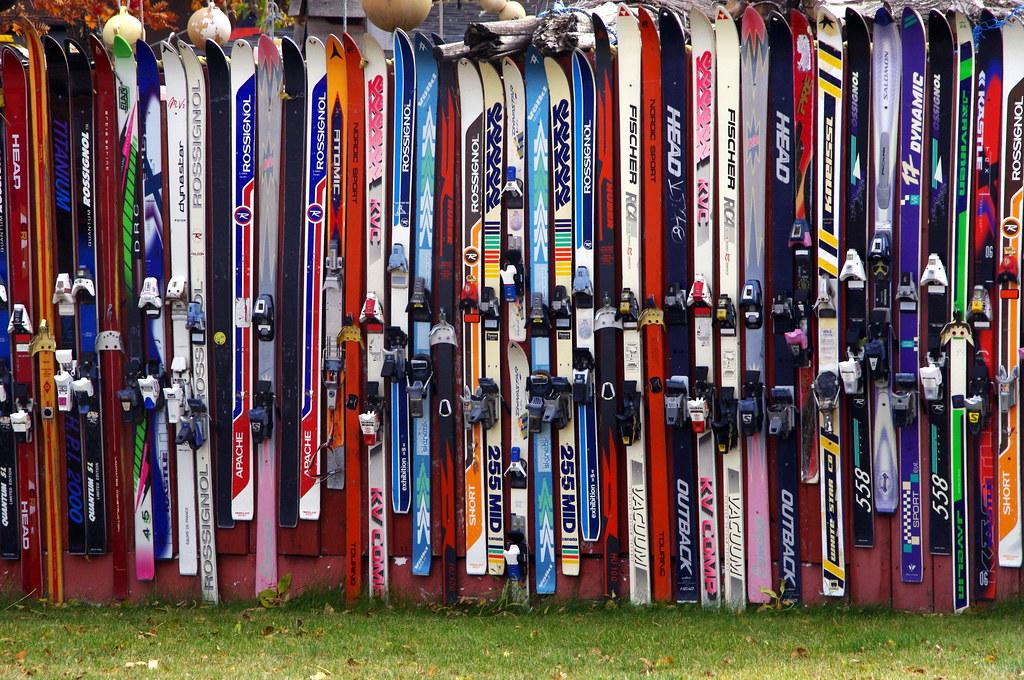 Was tun mit alten Ski und Snowboards?