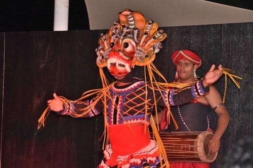 Sri Lankan devil dancer and drummer (01 Feb 14)