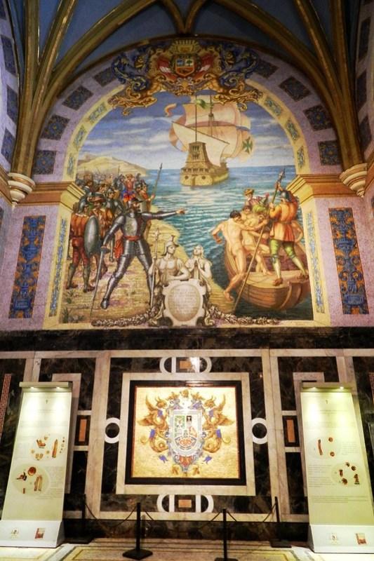 moisaico de la conquista Cripta de Francisco Pizarro Catedral de Lima  Peru 02