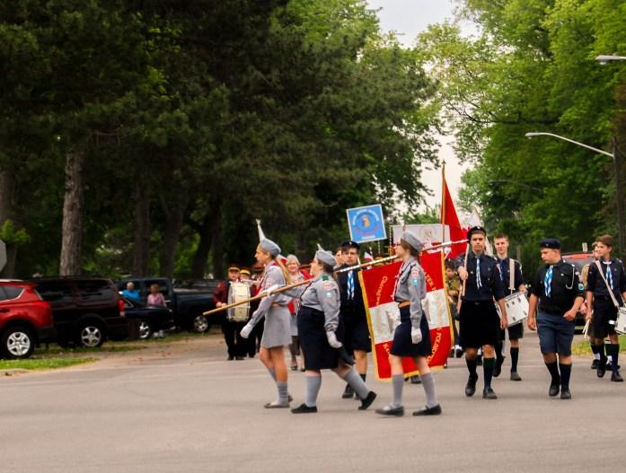 Desfile que nos encontramos cerca de un parque - Polish Sunday - Annual Pilgrimage