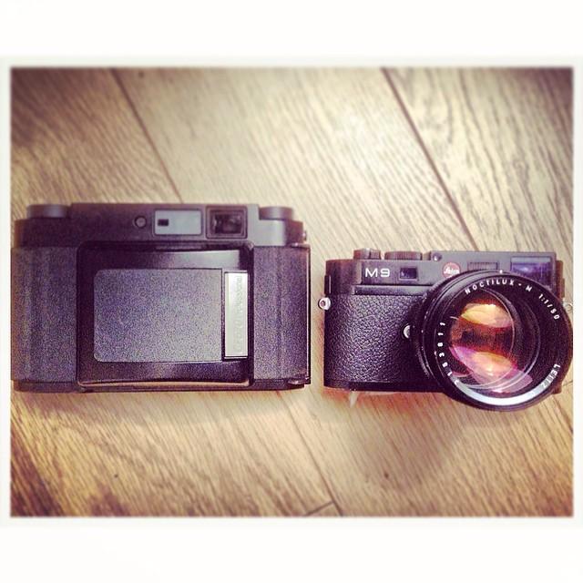 #fuji gf670 & #Leica M9 www.mrleica.com
