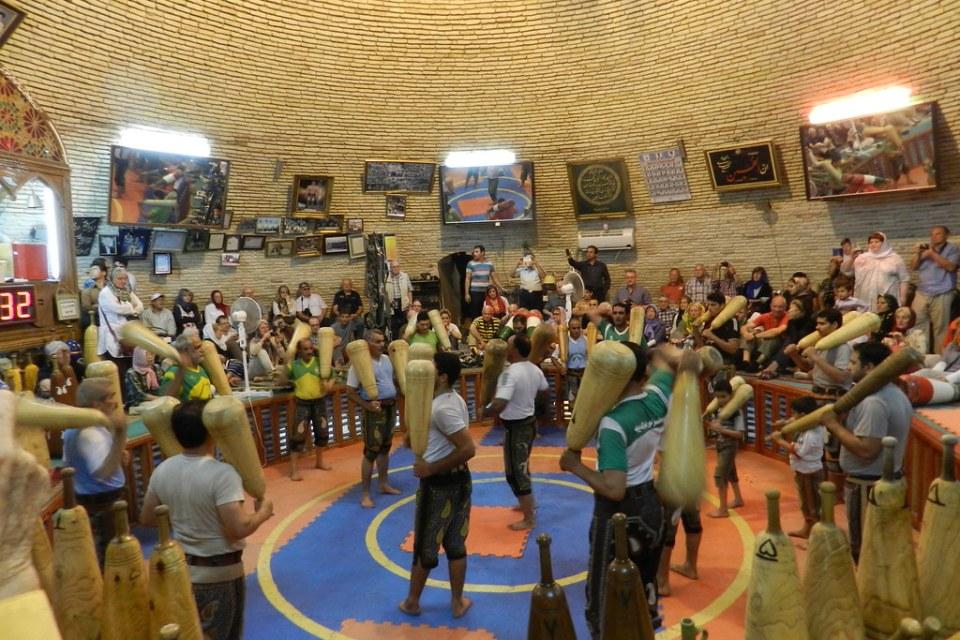 Deporte Nacional en casas de Fuerza en Yazd Irán 02