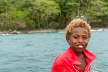 Alle kinderen op het eiland wilden overal de hele tijd bij zijn, helpen etc.