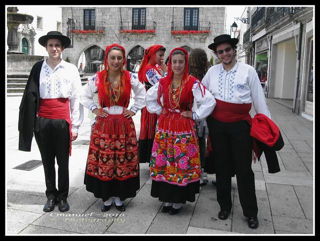 # 127 –TRAJE  DE DOMINGAR - XII - VIANA DO CASTELO - PORTUGAL