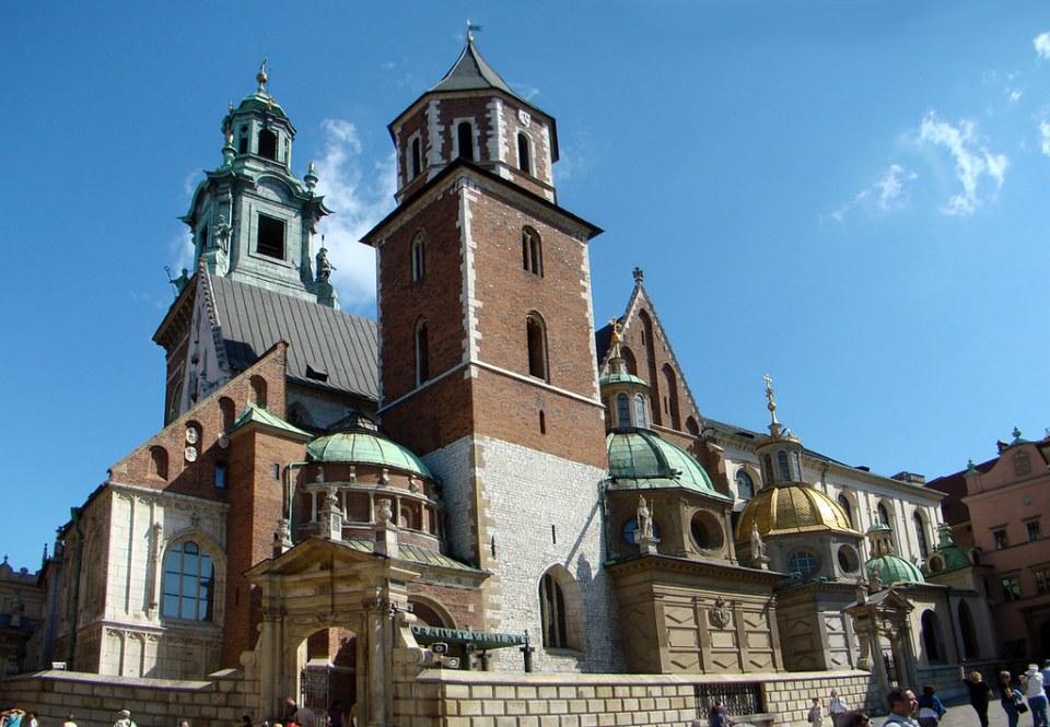 exterior Catedral de Wawel o Catedral de San Wenceslao y San Estanislao Cracovia Polonia 01