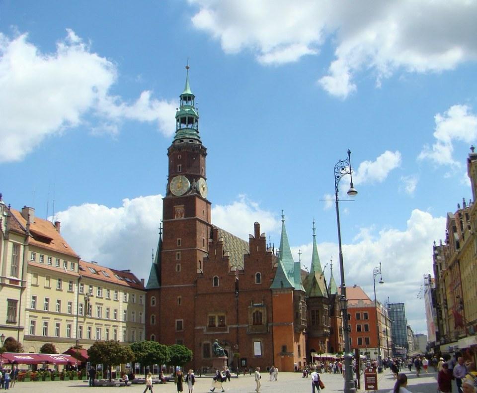 edificio exterior Ayuntamiento de Breslavia Museo de la ciudad en Plaza del Mercado (rynek) Polonia 01