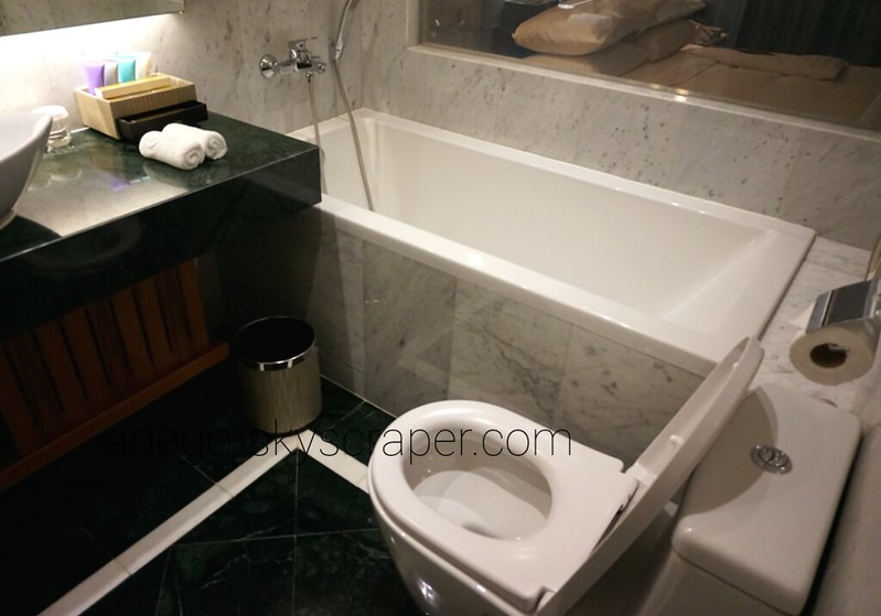 ランドマークホテル バスルーム
