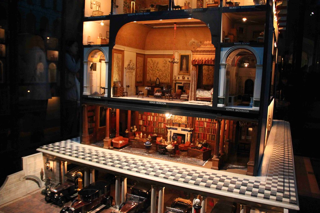 Queen Mary S Dolls House Windsor Castle Kasia Stepien