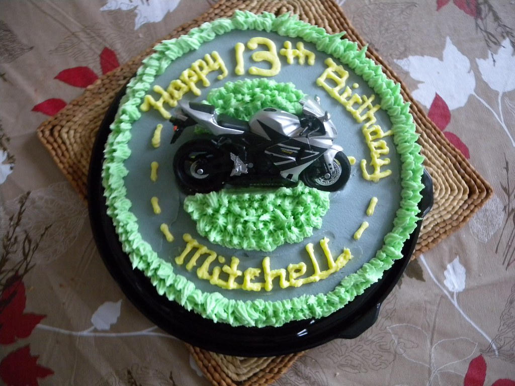 Motorbike Cake Quick Birthday Cake For A 13 Year Old Boy W Flickr
