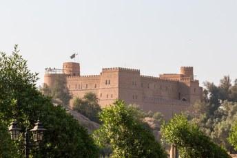 Het kasteel is gebouwd door een Franse archeoloog, het heeft daarom een Frans middeleeuws design.