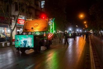 Dag en nacht verging horen en zien je vanwege de vele 'festiviteiten' ivm Muharram.