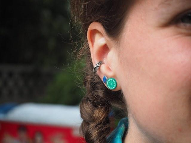 Rosanna's New Earing :P