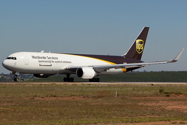 UPS - Boeing 767-300F - N305UP