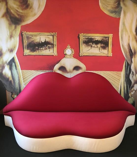 Mae West Lips / Dali